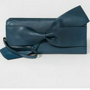 A New Day Bow Clutch NWOT